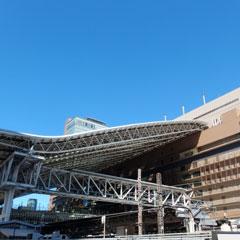 大阪梅田のカリヨン広場